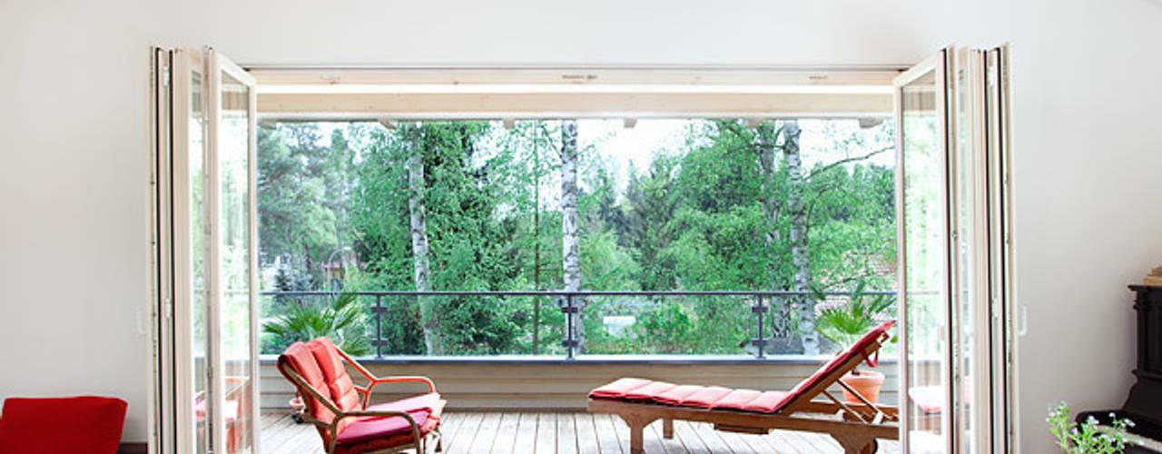 Terrasse de style  par Müllers Büro