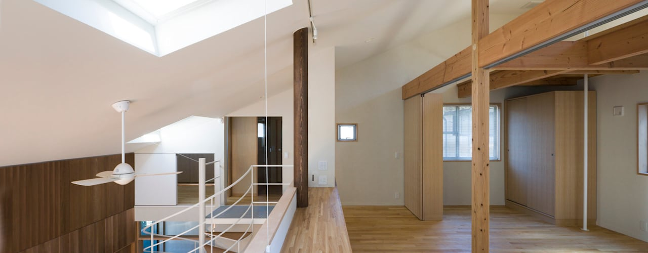 等々力の家 オリジナルデザインの 多目的室 の 松本剛建築研究室 オリジナル
