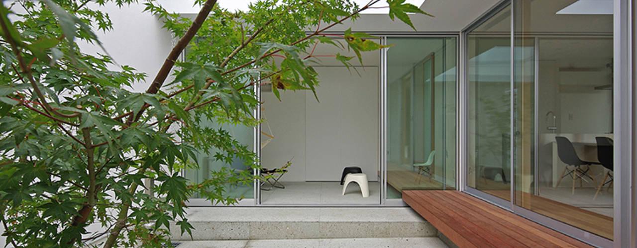 中庭: 空間建築-傳 一級建築士事務所が手掛けた庭です。