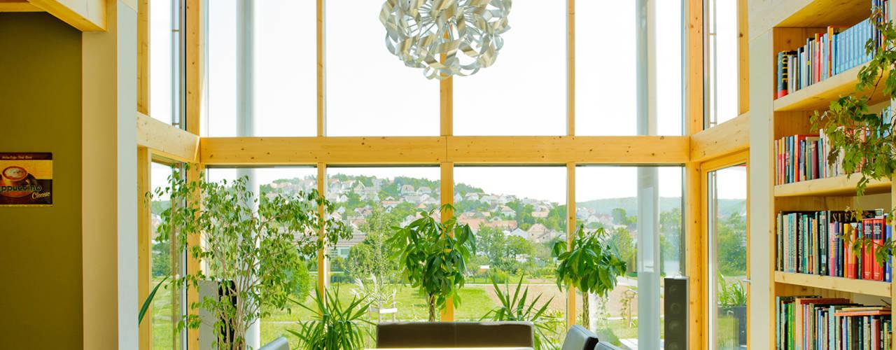 Salas de jantar campestres por Achtergarde + Welzel Architektur + Interior Design Campestre