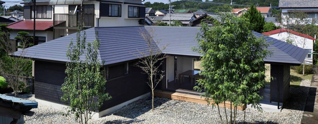 Casas  por 山田伸彦建築設計事務所, Moderno