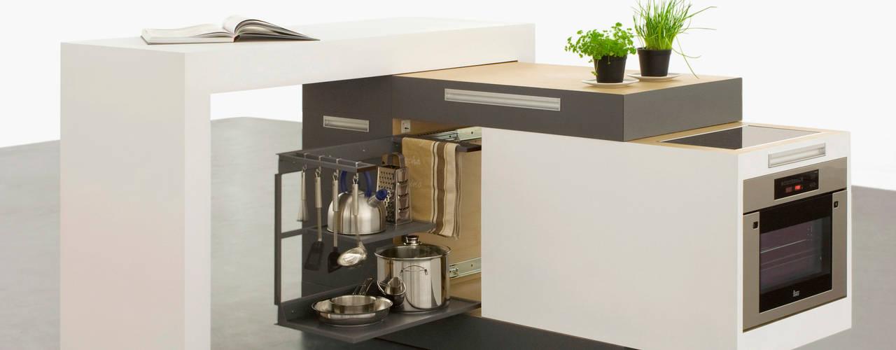 small type:  Küche von krinola