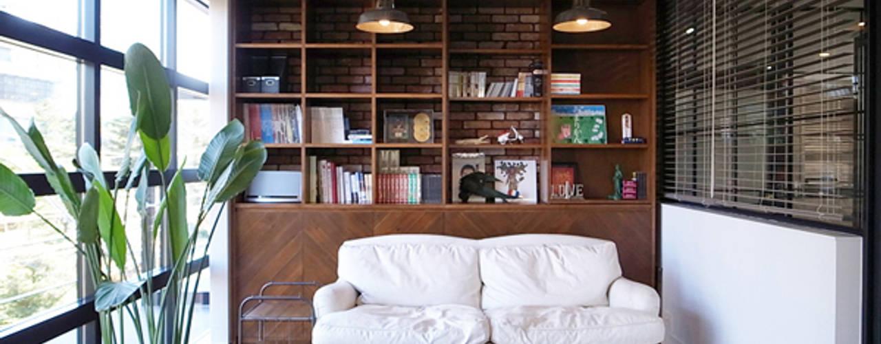 有限会社スタジオA建築設計事務所 Studio in stile rustico