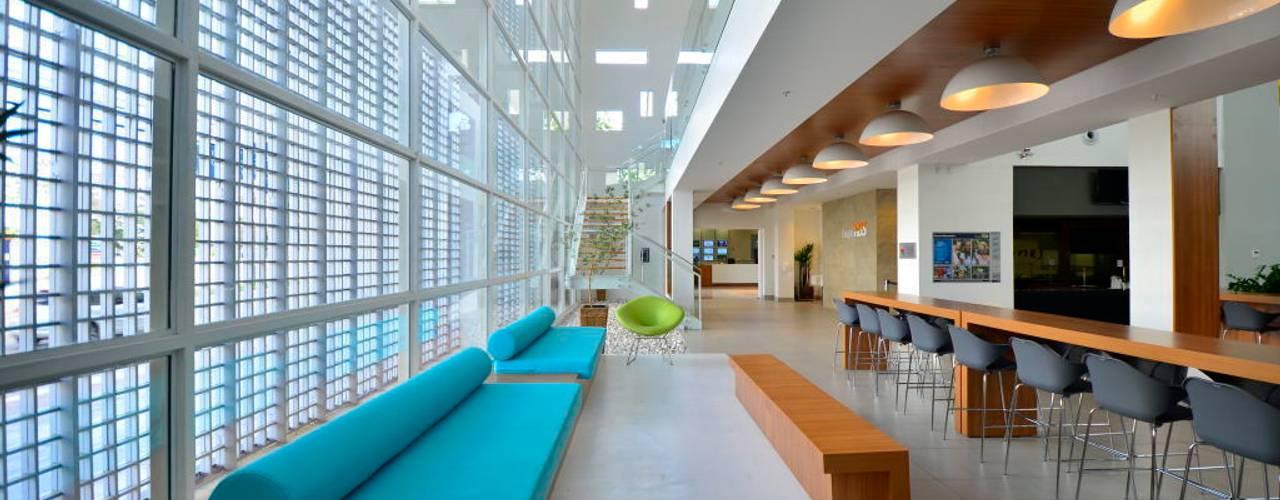 Sede RBS: Espaços gastronômicos  por BG arquitetura | Projetos Comerciais