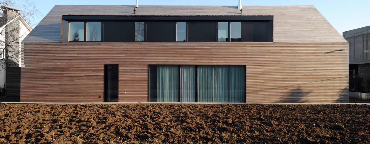 Classic style houses by STEINMETZDEMEYER architectes urbanistes Classic