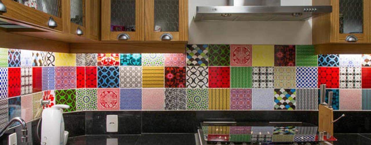 Cucina in stile  di Raquel Junqueira Arquitetura