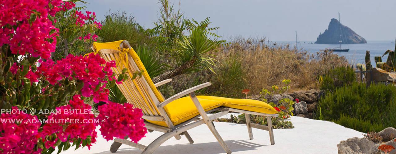 Mediterranean villa, Panarea, Aeolian Islands, Sicily من Adam Butler Photography بحر أبيض متوسط