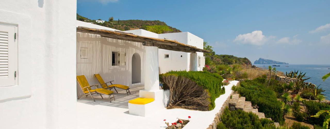 Mediterranean villa, Panarea, Aeolian Islands, Sicily Akdeniz Evler Adam Butler Photography Akdeniz