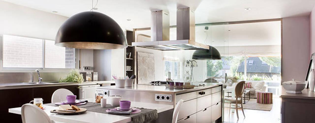 Ático en Sant Cugat. 2011 Deu i Deu Cocinas de estilo ecléctico
