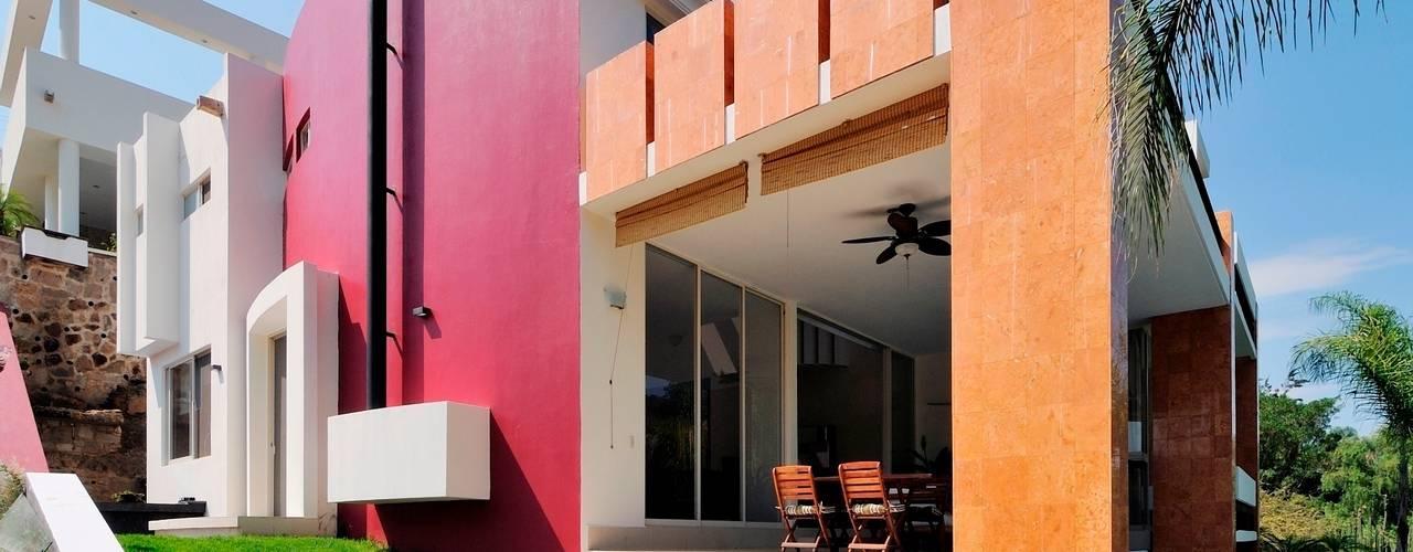 Projekty,  Domy zaprojektowane przez Excelencia en Diseño, Nowoczesny