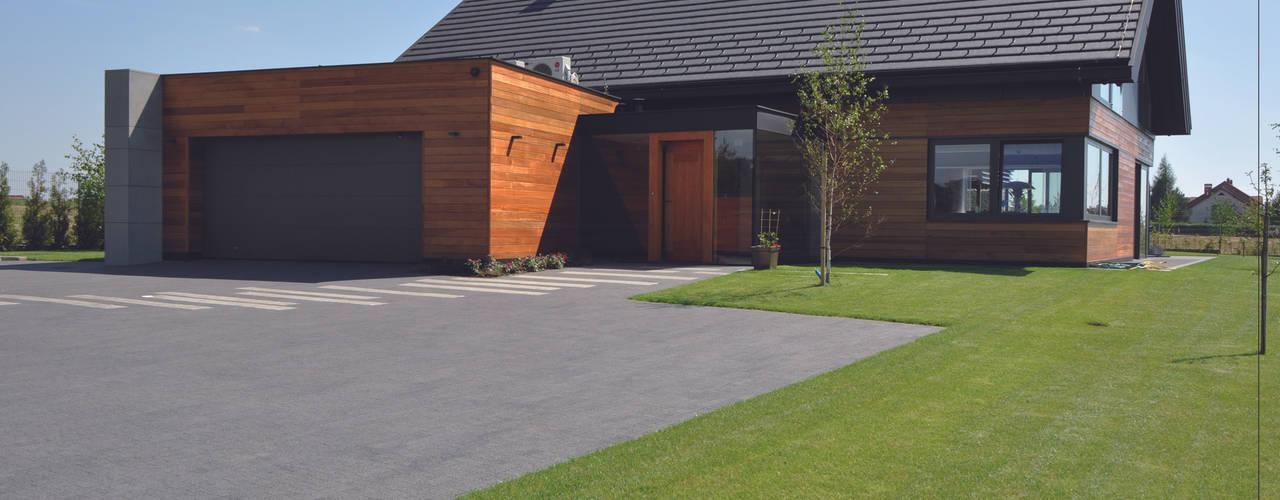 Maisons modernes par Studio S Biuro architektoniczne Michał Szymanowski Moderne