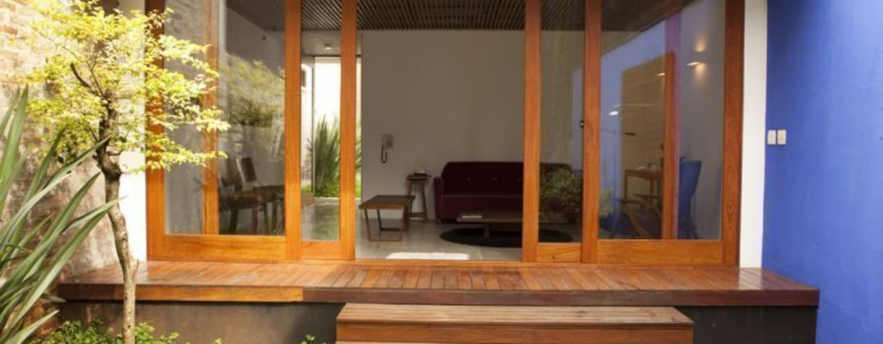 Houses by Ana Sawaia Arquitetura