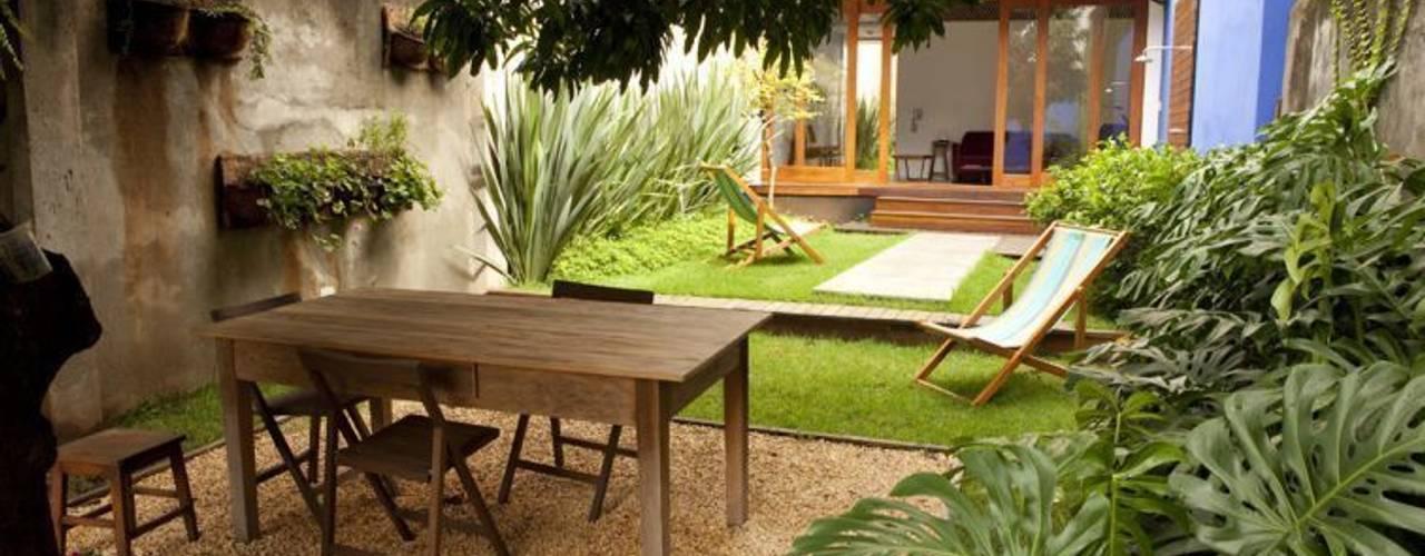 Jardins  por Ana Sawaia Arquitetura