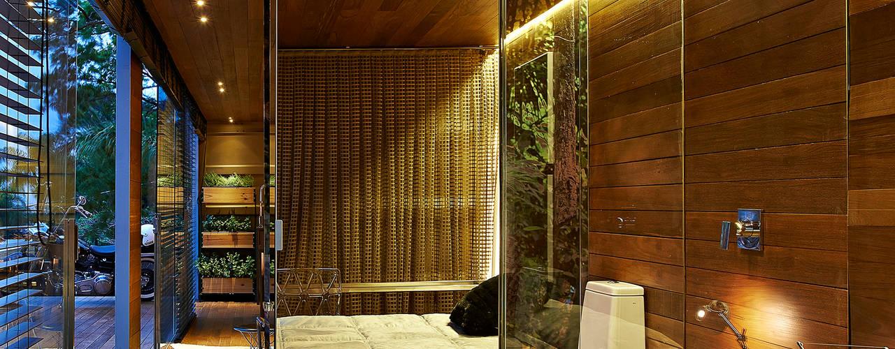 Habitaciones de estilo  por Cristina Menezes Arquitetura