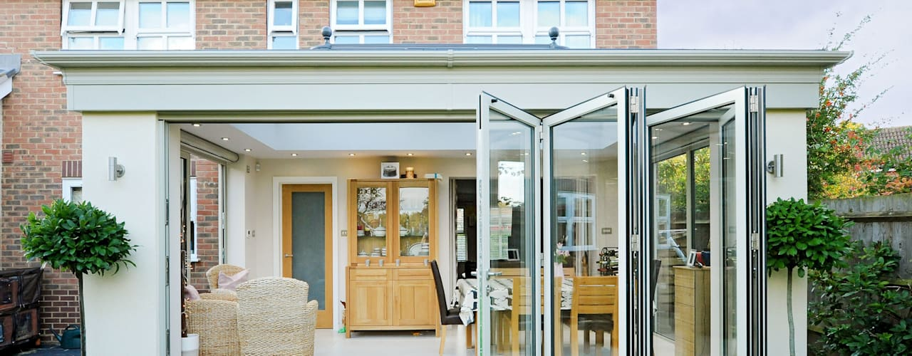 Aluminium Orangery with Bi Folding Doors من ROCOCO حداثي