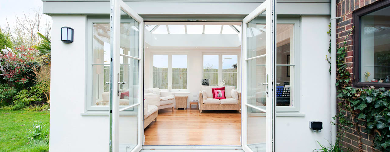 Orangery lounge extension : modern Conservatory by ROCOCO