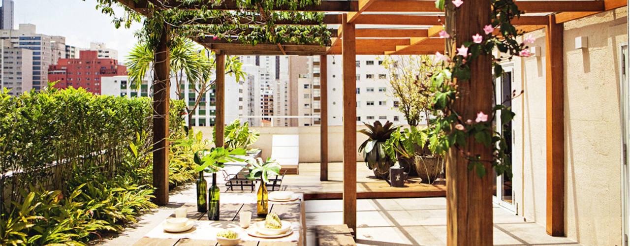 SAO Arquitetura Balcon, Veranda & Terrasse modernes