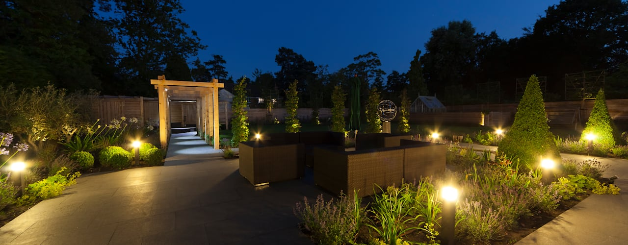 Jardines de estilo  por Forest Eyes Photography