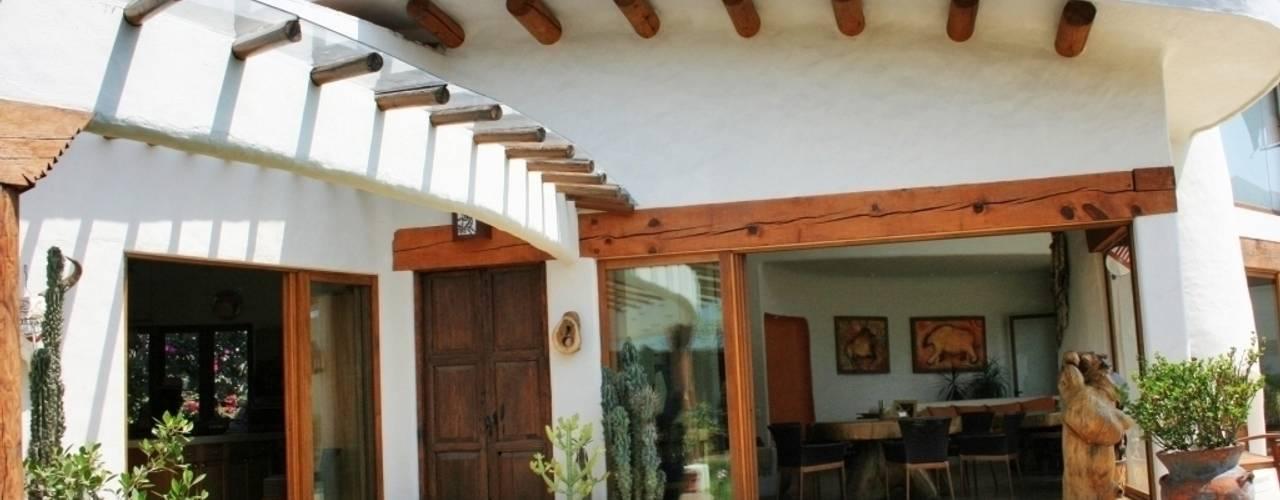 Fachada Santa Fe Interior:  de estilo  por Cenquizqui