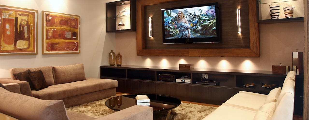 Ruang Keluarga Modern Oleh Lucia Navajas -Arquitetura & Interiores Modern