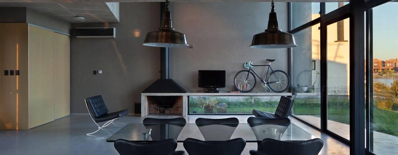 Столовые комнаты в . Автор – Ruben Valdemarin Arquitecto