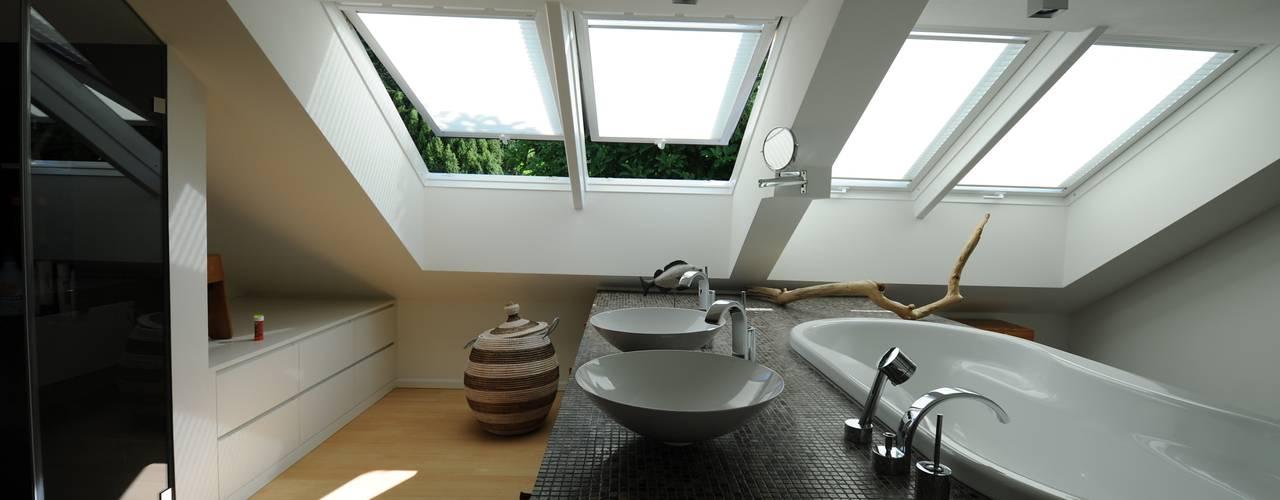 Salle de bains de style  par PlanWerk Nowoczyn Architekten