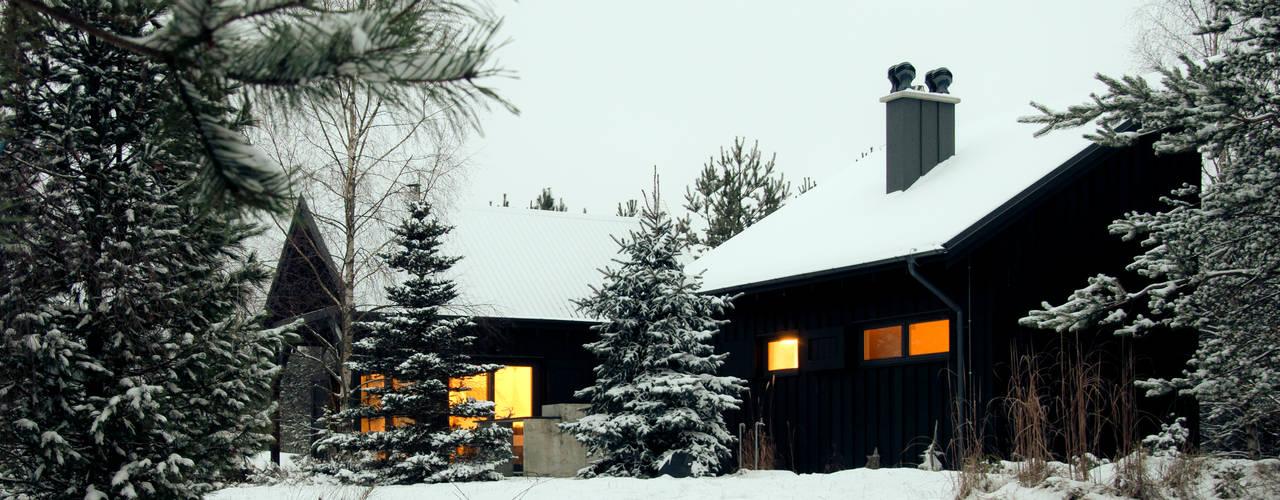 Dom letniskowy na Kaszubach Skandynawskie domy od Magdalena Zawada Skandynawski