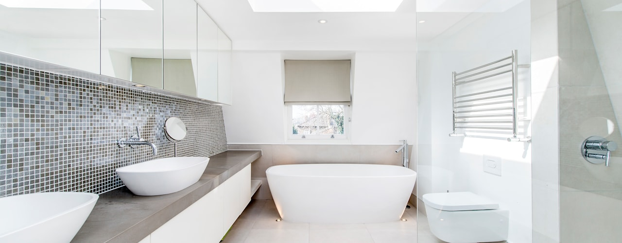 Bathroom by homify, Modern
