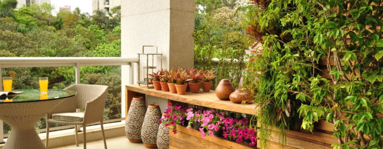 Eduardo Luppi Paisagismo Ltda. Balcones y terrazas de estilo ecléctico