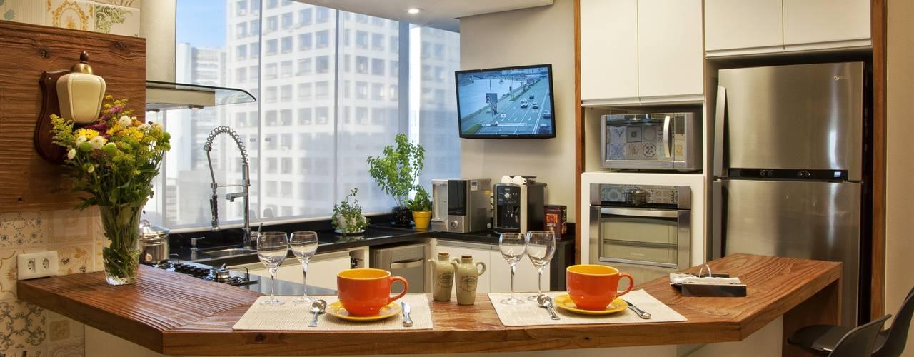 Cozinhas  por Tania Bertolucci  de Souza  |  Arquitetos Associados