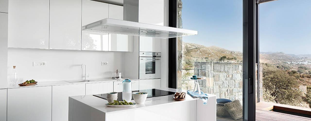 Cucina in stile in stile Moderno di Engel & Völkers Bodrum