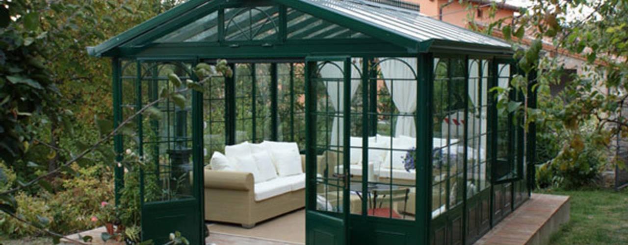 Giardino d'inverno in stile classico di homify Classico