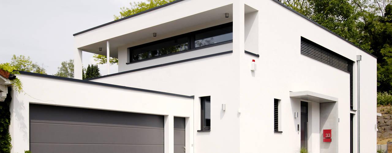 Casas de estilo  de Ingenieurbüro für Planung und Projektmanagement Hangs, Moderno