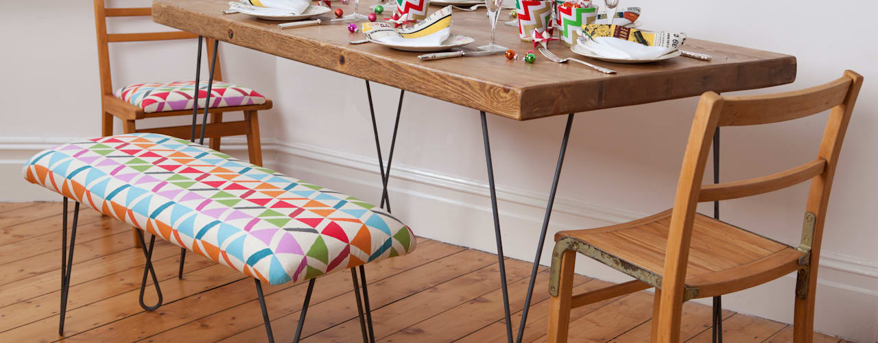 Twisted legged table and matching bench Comedores de estilo industrial de Deja Ooh Industrial