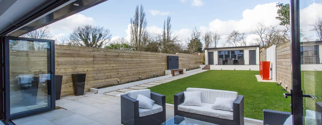 Whitton Drive: modern  by GK Architects Ltd, Modern