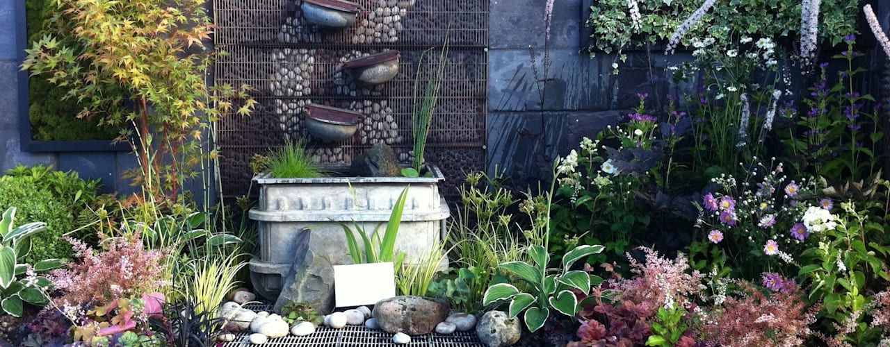 contemplation corner border with water feature Juniperhouse Giardino in stile asiatico