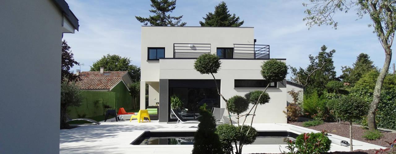 10 superbes maisons familiales petit prix. Black Bedroom Furniture Sets. Home Design Ideas