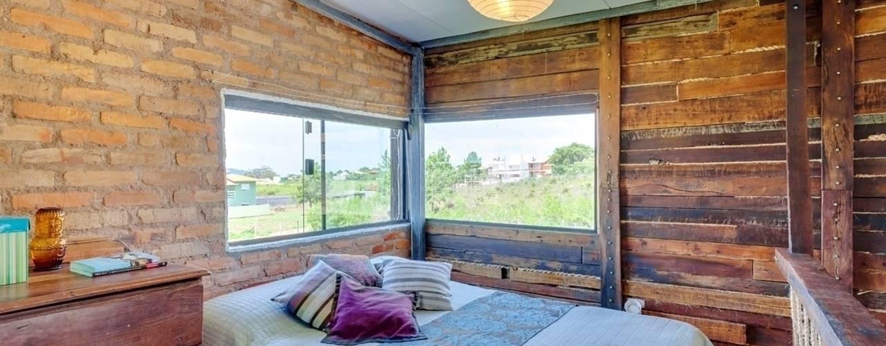 Camera da letto in stile  di Ferraro Habitat, Rustico