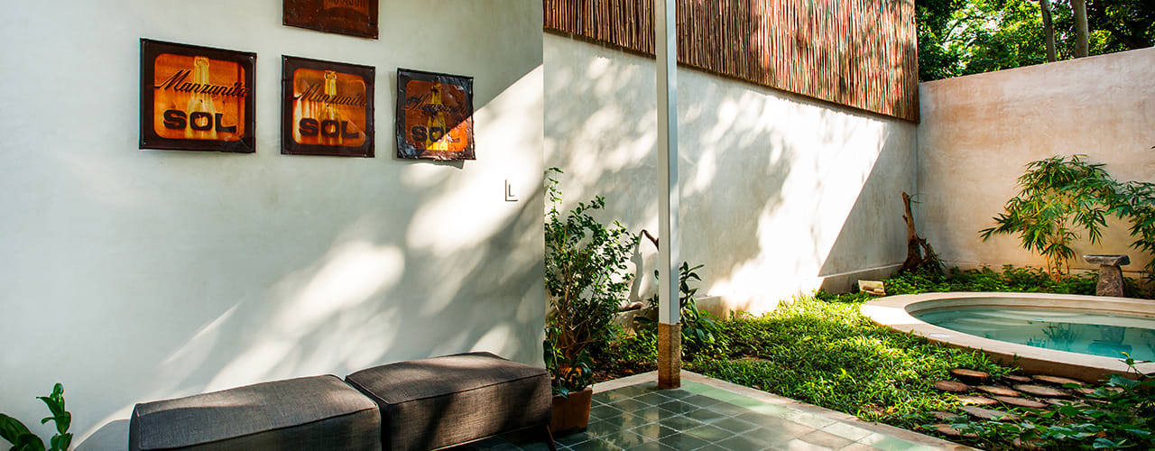 Modern balcony, veranda & terrace by Taller Estilo Arquitectura Modern