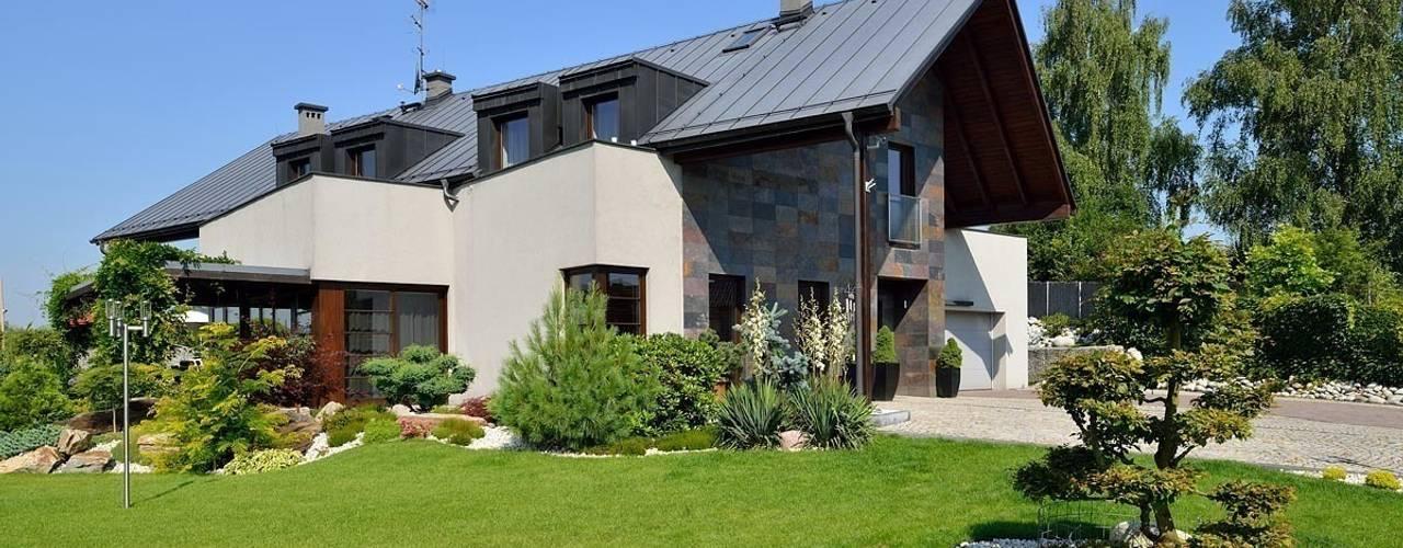 Casas de estilo moderno de ARCHITEKT.LEMANSKI Moderno
