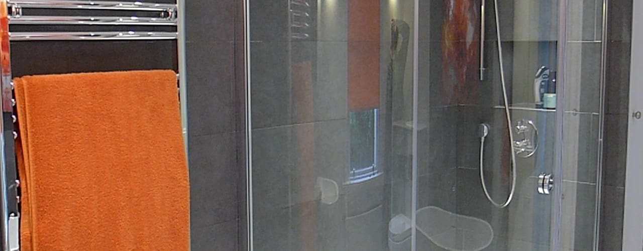 Large shower:  Bathroom by Style Within