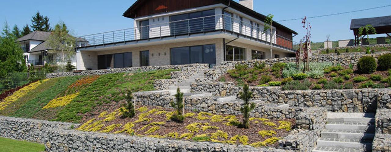 Casas de estilo  por Susuł & Strama Architekci sp. z o.o.