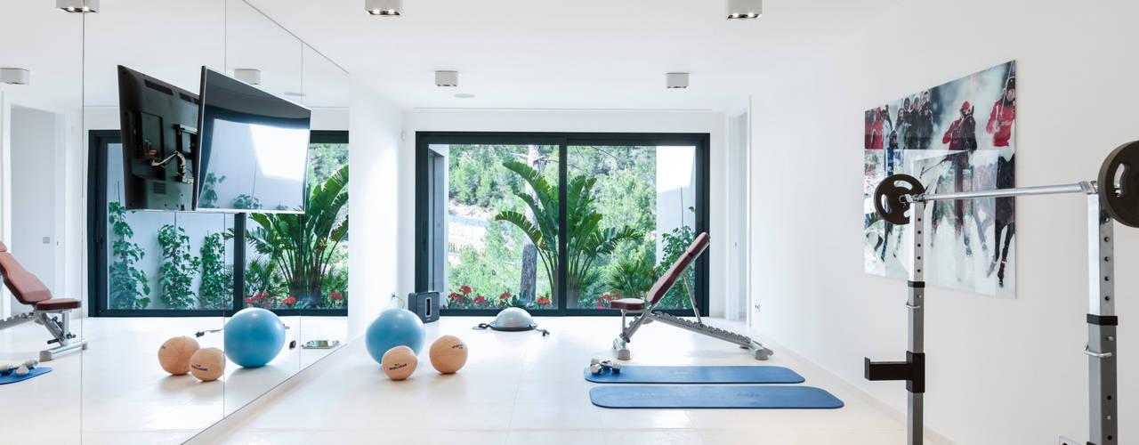 Ruang Fitness oleh RM arquitectura, Minimalis