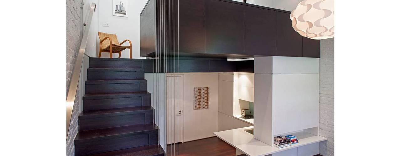 Pasillos y recibidores de estilo  por Specht Architects, Moderno