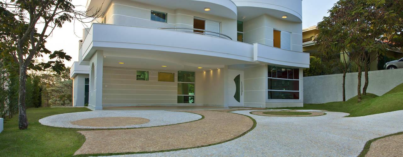 Projekty,  Domy zaprojektowane przez Arquiteto Aquiles Nícolas Kílaris, Nowoczesny