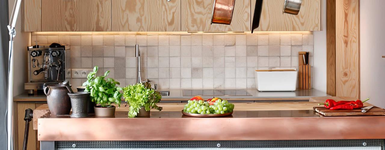 Cocinas de estilo moderno de ARTEMIA DESIGN Moderno