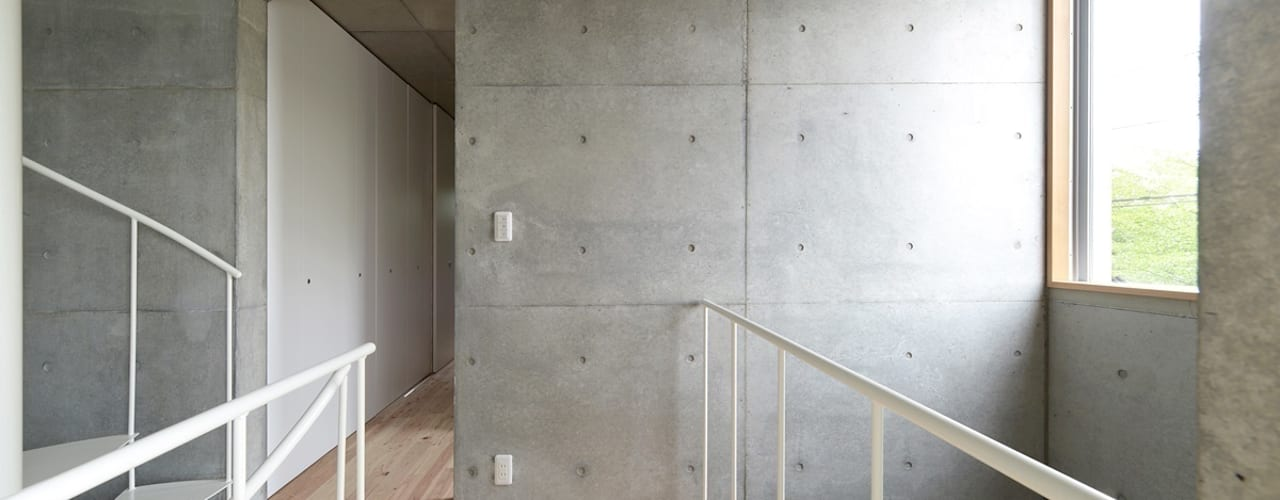 市原忍建築設計事務所 / Shinobu Ichihara Architects Moderner Flur, Diele & Treppenhaus