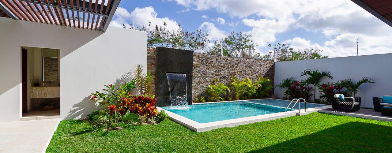 Piscinas de estilo  por Enrique Cabrera Arquitecto, Moderno