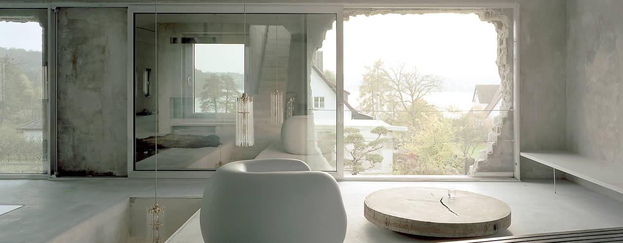 Rumah Berdinding Semen Terjangkau Dengan Gaya Minimalis Industrial