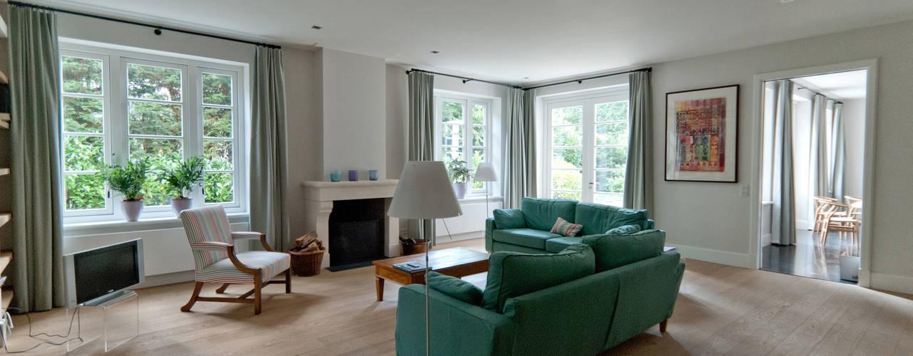 Salones de estilo  de Snellen Architectenbureau